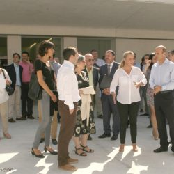 Alcaldesa de Alicante en la inauguración de la plaza Seneca